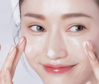 Những nguyên nhân cần phải dưỡng ẩm da mặt