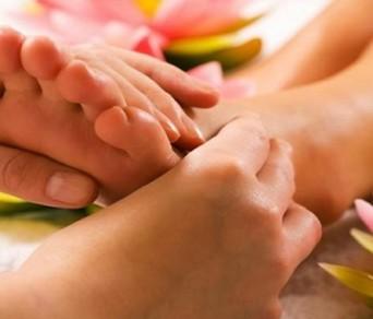 Xoa bóp – Bấm huyệt không đúng cách gây tồn hại sức khỏe như thế nào?
