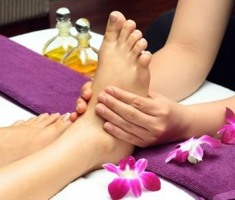 Khóa Học Massage Chân Chuyên Sâu