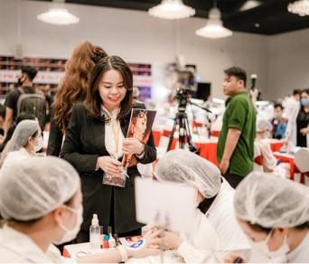 CEO Trung Tâm Đào Tạo Nghề Thẩm Mỹ Cẩm Anh Vinh Dự Là Cố Vấn Cấp Cao Kiêm Trưởng Ban Giám Khảo Phun Thêu - Khu Vực Miền Trung - Global Beauty Festival 2020