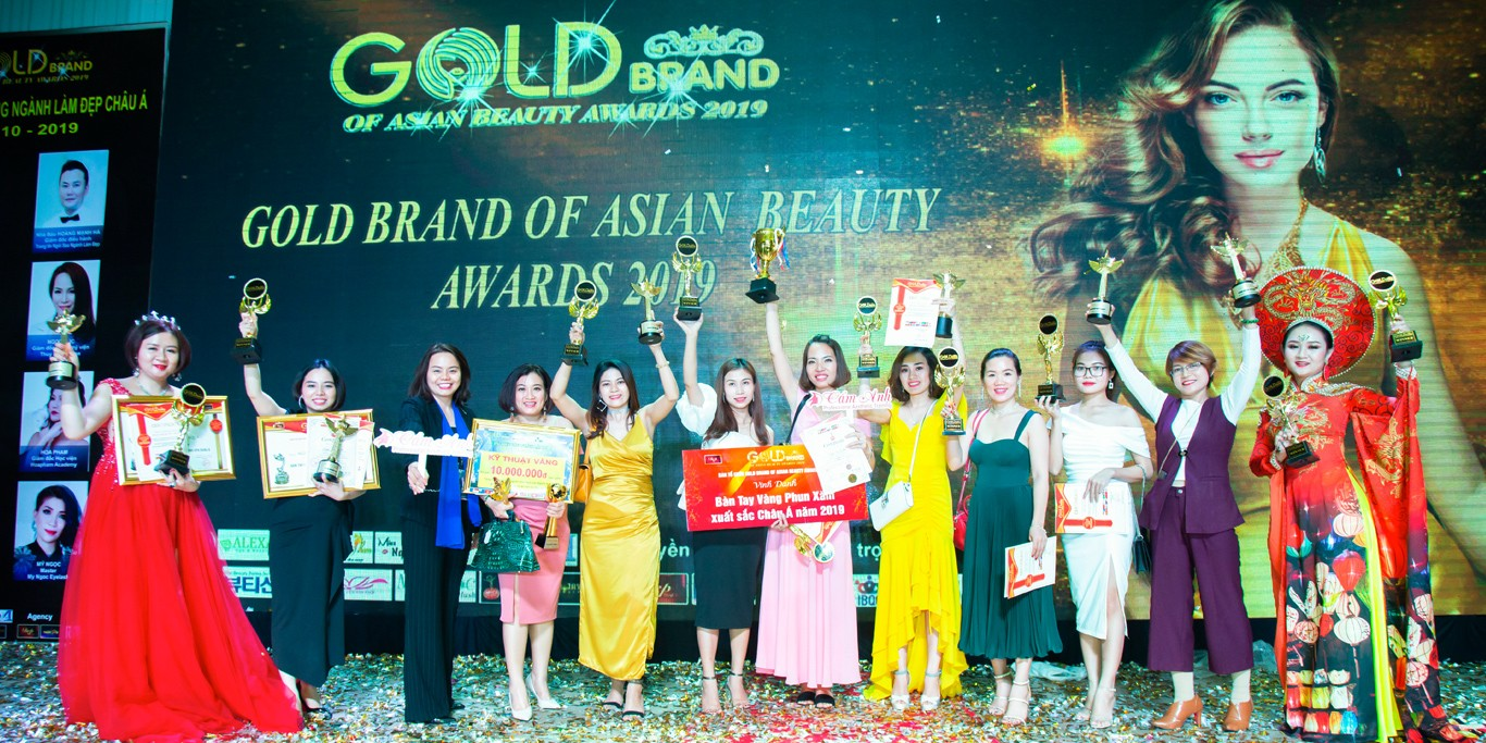 Cẩm Anh - Gold Brand of Asian Beauty Awards 2019